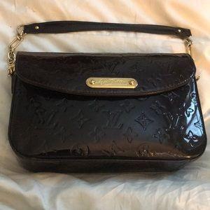 Louis Vuitton Amarante Rodeo Drive Vernis Bag